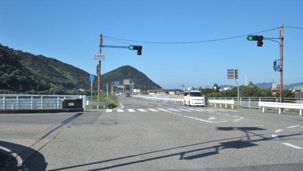 坂越橋西信号