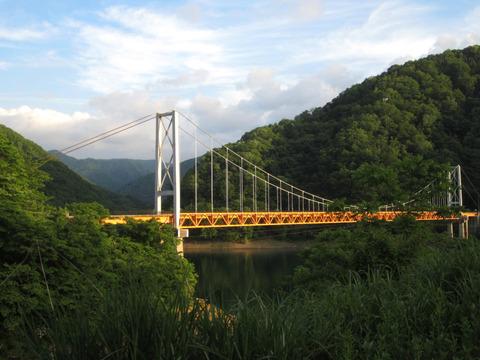 九頭竜湖オレンジ色っぽい橋