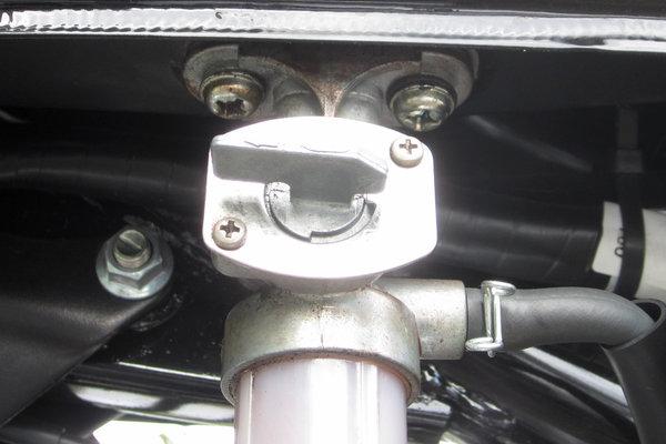 YB125SPの燃料コック