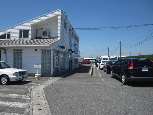 新岡山港の建物