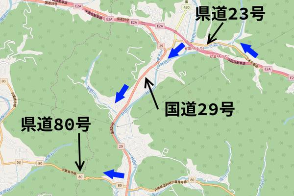 県道23号から80号への地図矢印入り